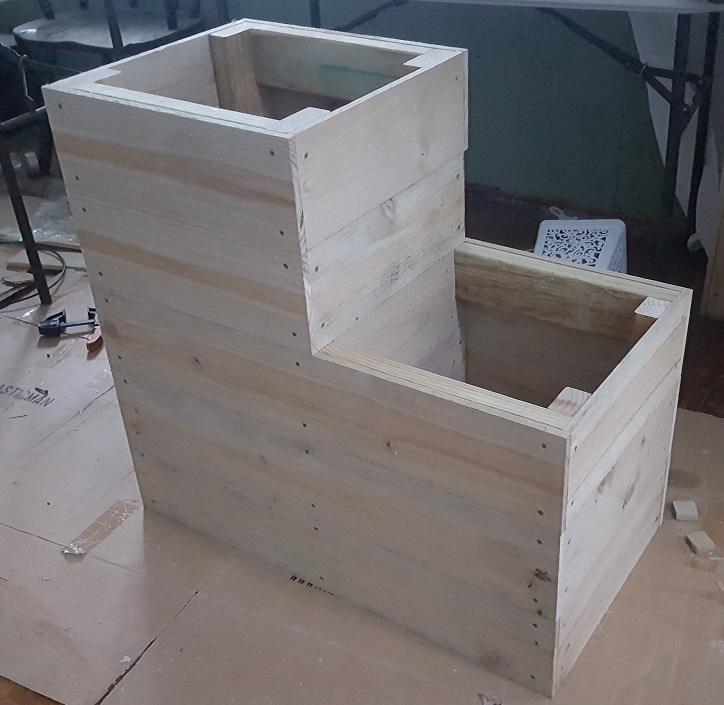 two level planter box step 18