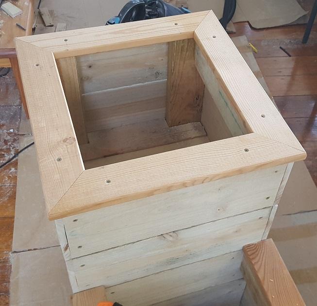 two level planter box step 22