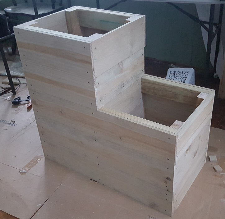 two level planter box step 18